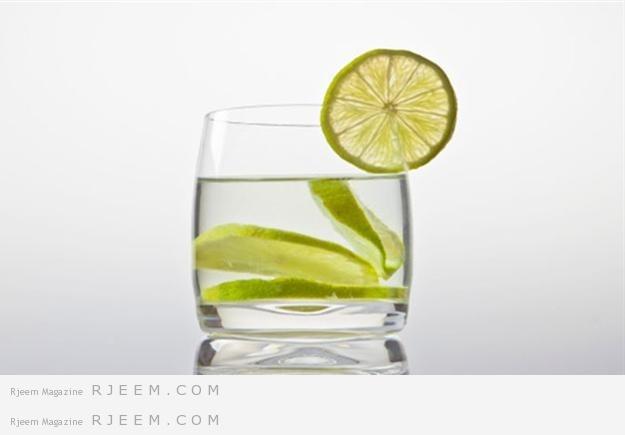 شراب الليمون يفقدك تراكم الشحوم و يودع انتفاخ البطن