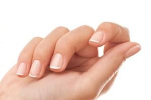 5 نصائح لتحصلي على اظافر صحية وقوية