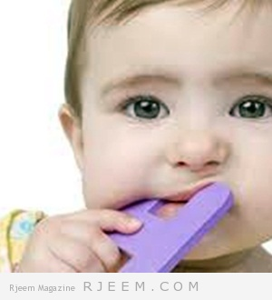 7 نصائح لتخفيف من الم التسنين لطفلك