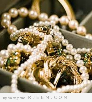 كيفية تنظيف الذهب والمجوهرات بطرق طبيعية