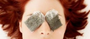 9 علاجات طبيعية ضد الهالات  السوداء
