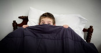 6 نصائح عبقرية لمساعدة الاطفال الذين يخافون من الظلام