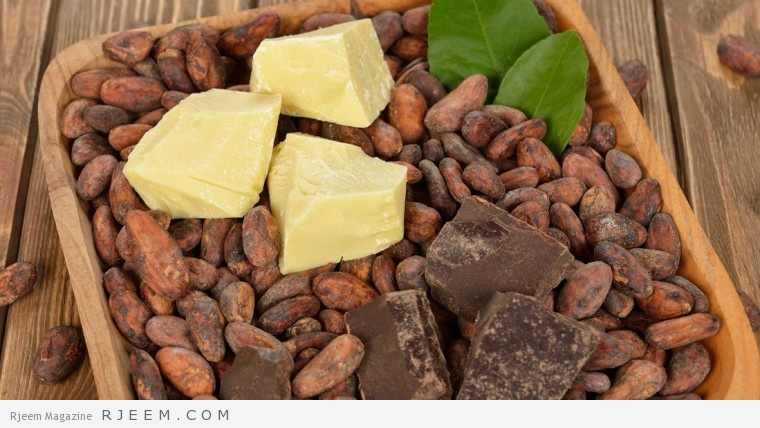 زبده الكاكاو - فوائد زبدة الكاكاو للبشرة والشعر