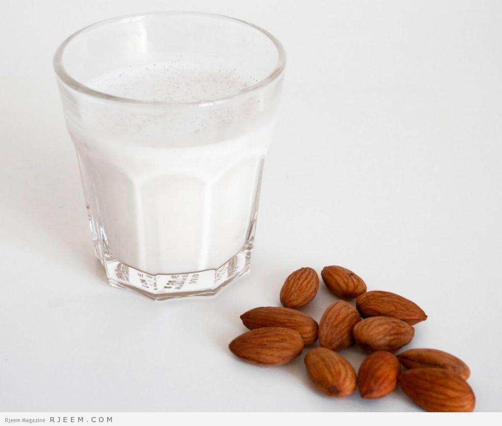 حليب اللوز - فوائد واضرار حليب اللوز