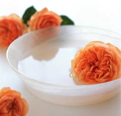 Photo of ماء الورد فوائد  و صحة