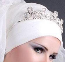 Photo of العروس و موضة التاج