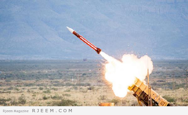 Photo of شاهد: لحظة إعتراض الدفاعات الجوية السعودية صاروخ بالستي في سماء نجران