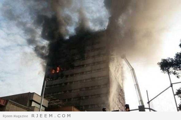 Photo of شاهد: لحظة إنهيار مبنى من 15 طابقا في طهران بعد نشوب حريق هائل داخله