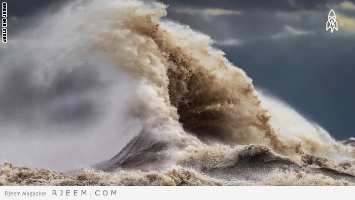 Photo of فيديو: الجبال السائلة الضخمة.. مشاهد لن تتوقعها من مياه البحيرات