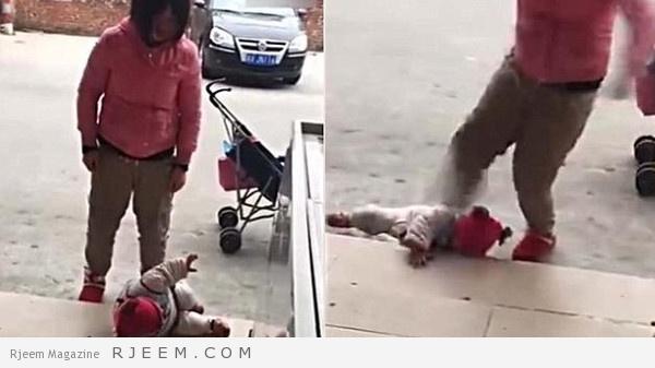 Photo of فيديو: أم بلا قلب تركل رضيعتها بقسوة بالغة الصين