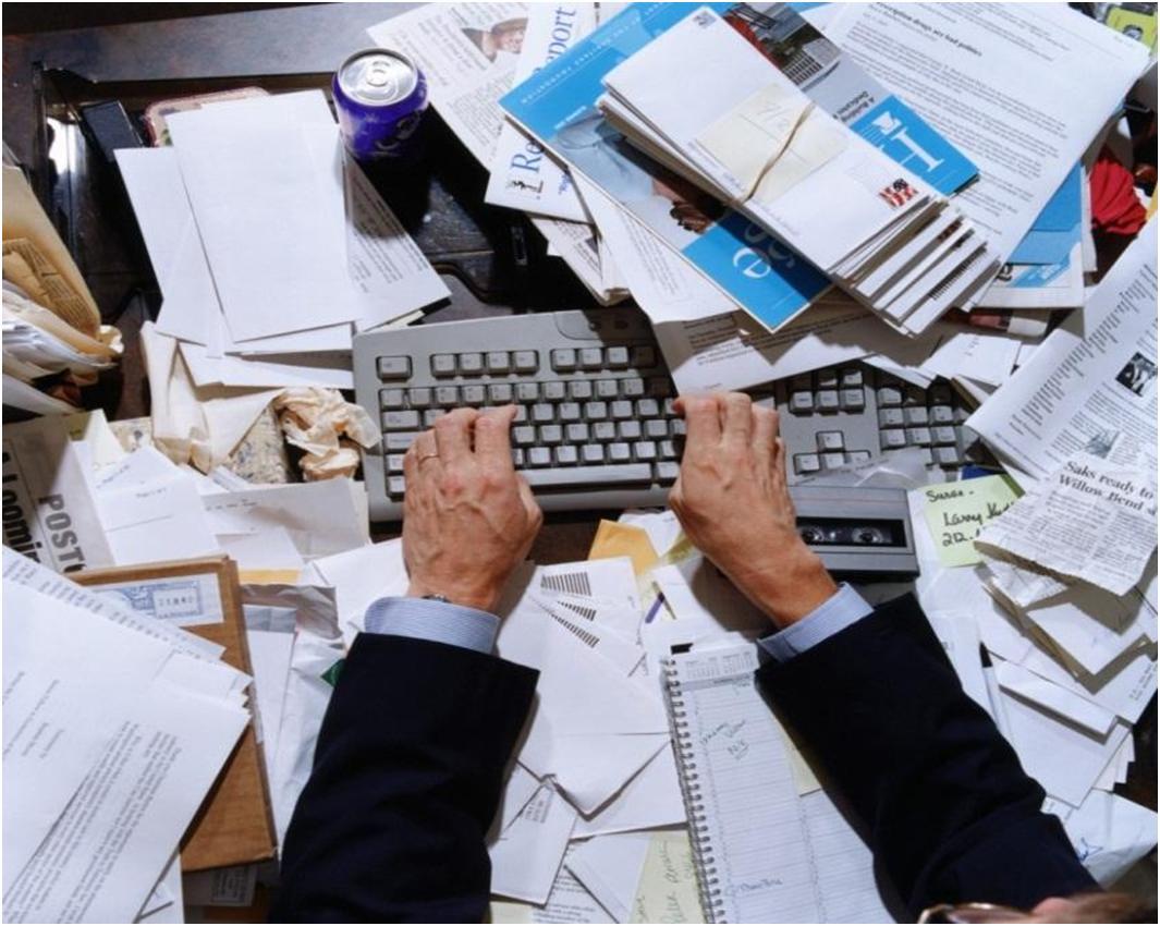 Photo of هل تعاني من الفوضى في مكتبك  الحل في خطوات بسيطة