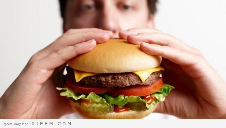 Photo of دراسة جديدة: البرغر بالجبن والبطاطا المقلية يقي من هذه الأمراض