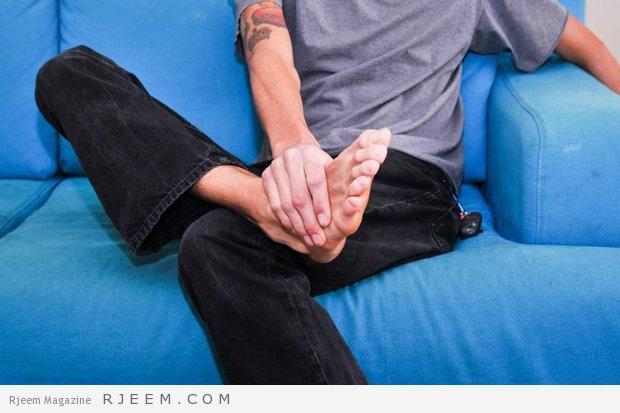 Photo of انظر جيداً إلى قدميك.. فهي قد تكشف لك عن أمراض خفية