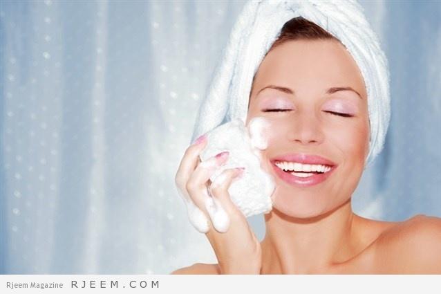 Photo of إليك طريقة بسيطة لعمل صابونة طبيعية لتفتيح البشرة