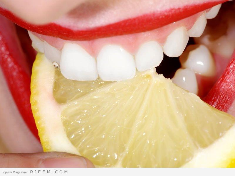 Photo of خلطات طبيعية لتبييض الأسنان