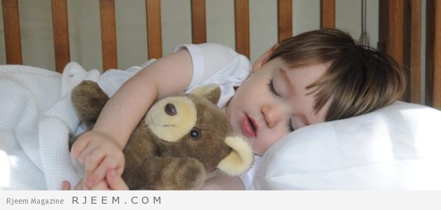 Photo of كيف أعود طفلي على النوم في غرفته