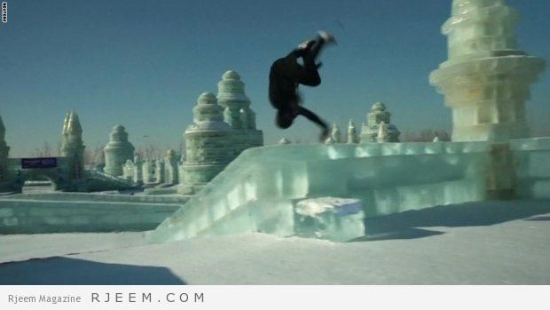 Photo of فيديو: مغامر بهلواني.. يتحدى مدينة جليدية بأكملها