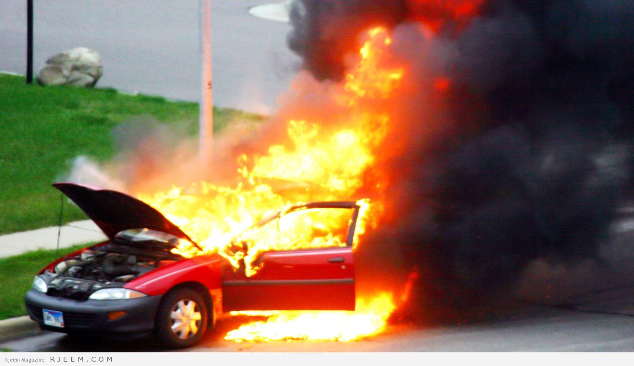 Photo of معتل نفسي يحرق 4 مركبات في المدينة.. وهكذا تعاملت معه الشرطة