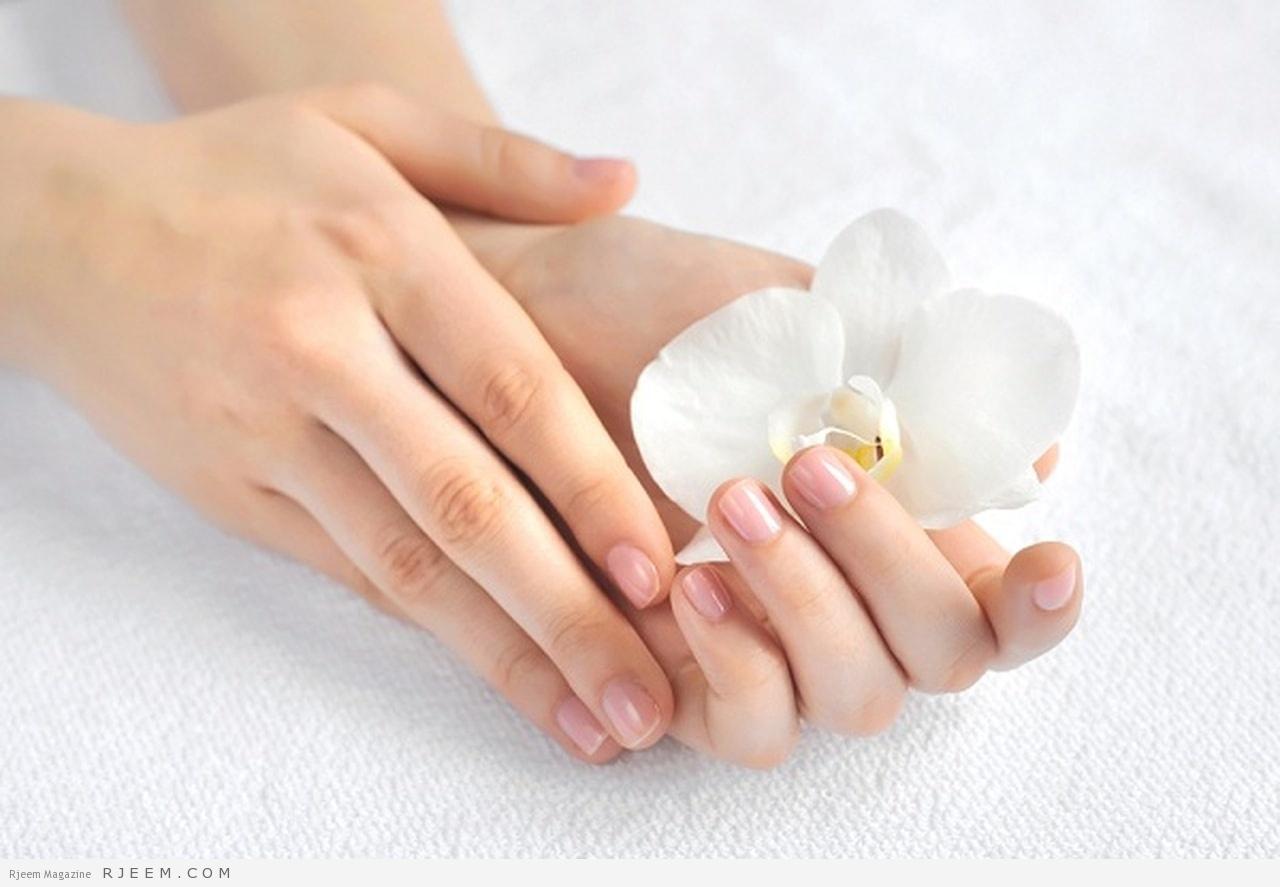 Photo of اكتشفي أفضل الوصفات الطبيعية للتخلص من جفاف اليدين