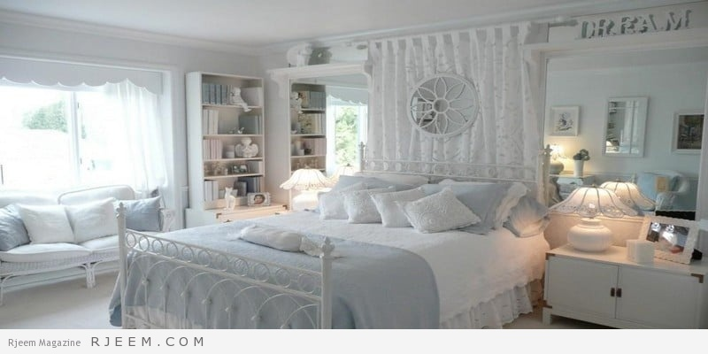 غرف نوم باللون الابيض معدن
