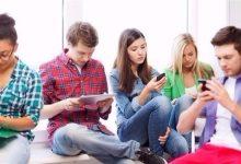 Photo of دراسة: إدمان الهواتف الذكية يقلل الانتاجية