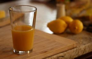 زيادة حجم الصدر بالبرتقال
