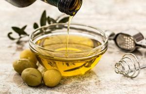 كيفية تكبير الثدي بزيت الزيتون
