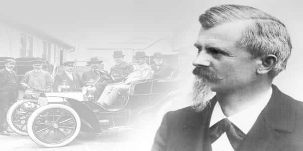 مخترع السيارة ذات العجلات الأربعة