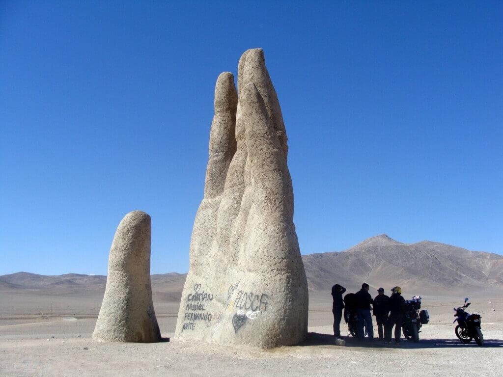 Desert_Hand_(2)