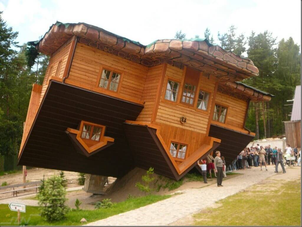the-most-unusual-buildings-in-the-world-the-wonderful-upside-down-house-germany