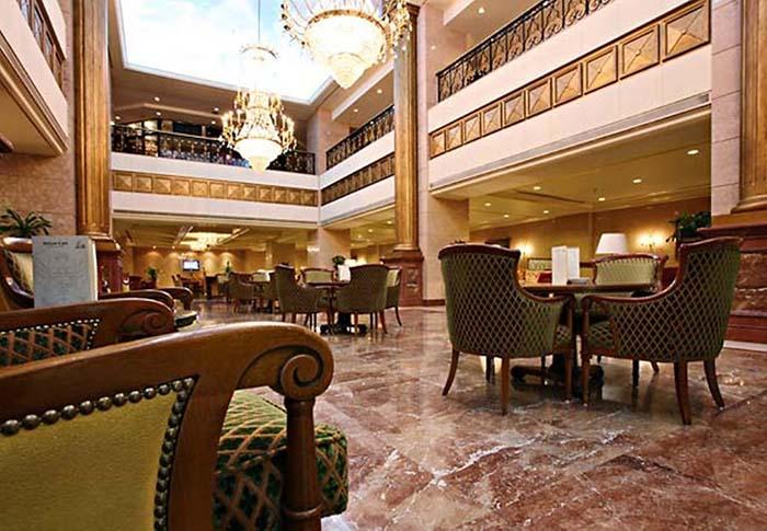 بهو الفندق