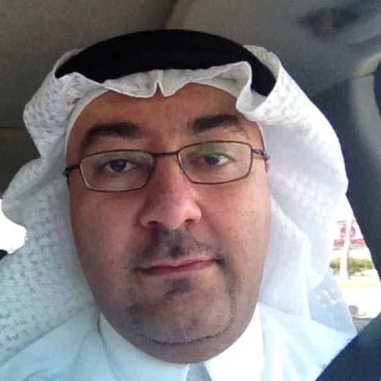 دكتور محمد مهدي باصي إستشاري العظام بجدة