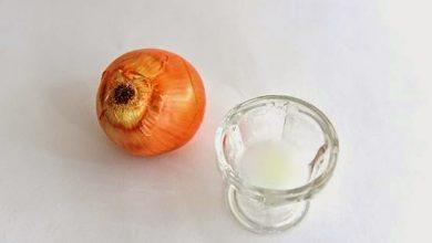 Photo of كيف تستخدم عصير البصل لعلاج الثعلبة و تساقط الشعر