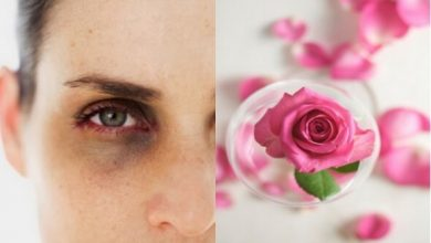 Photo of وصفات ماء الورد لعلاج الهالات السوداء تحت العين