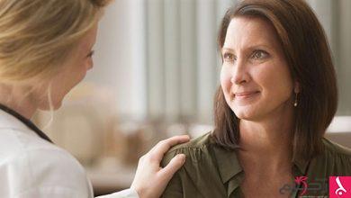 Photo of كيف يمكن التمييز بين أعراض سن اليأس والحمل؟