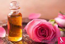 Photo of فوائد زيت الورد للبشرة والشعر