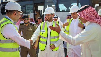 Photo of نائب أمير مكة يتفقدميناء جدة ويطلع على آلية وصول السفن