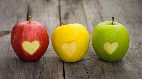 التفاح من الاغذية المقوية لعضلة القلب