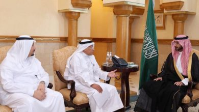 Photo of نائب أمير مكة يلتقي رئيس وأعضاء جمعية المتقاعدين