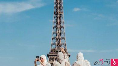 Photo of مجلة فرنسية تصنف العباية كأبرز إطلالات الشارع لأسبوع الموضة في باريس