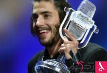 """Photo of فائز بمسابقة """"يوروفيغن"""" يخسر صوته بسبب عملية جراحية"""