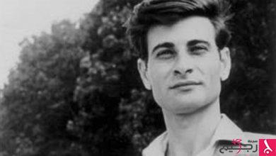 "Photo of ""محمود درويش"".. تذكر الشاعر الذي ارتطم بنجمة وكتب بحبرها"