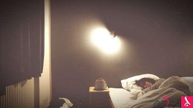 Photo of النوم في غرفة مضيئة يسبب الاكتئاب