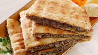 Photo of طريقة عمل عرايس اللحم بالخبز العربي