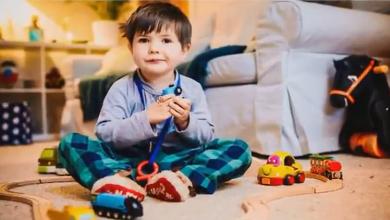Photo of طفل صغير يعاني من مرض نادر أصابه بالخرف!
