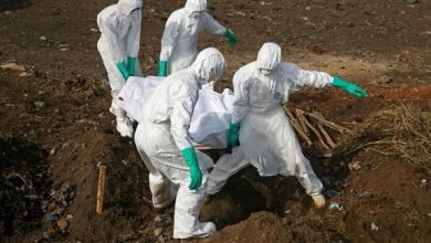 """Photo of """"الصحة العالمية"""" تخطط للسيناريو """"الأسوأ"""" وسط تفشي مرض الإيبولا"""