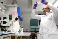 Photo of لماذا يصعب على الرجال اكتشاف سرطان البروستاتا؟