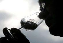 Photo of دراسة هامة تكشف فوائد وأضرار تناول الكحول