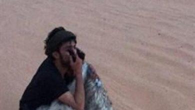 Photo of بالفيديو.. سعوديان ينقذان خمسيني تاه ليومين في الربع الخالي