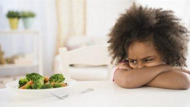 Photo of لهذا السبب يصعب على الكثيرين الالتزام بالحميات الغذائية